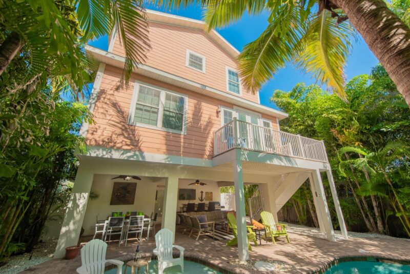 coral home with pool in back in anna maria island